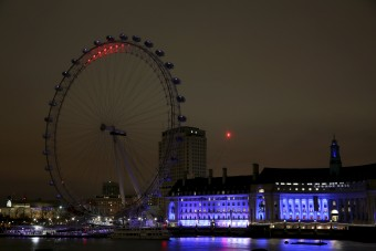 The London Eye is shown during Earth Hour in London, Britain March 19, 2016. REUTERS/Neil Hall