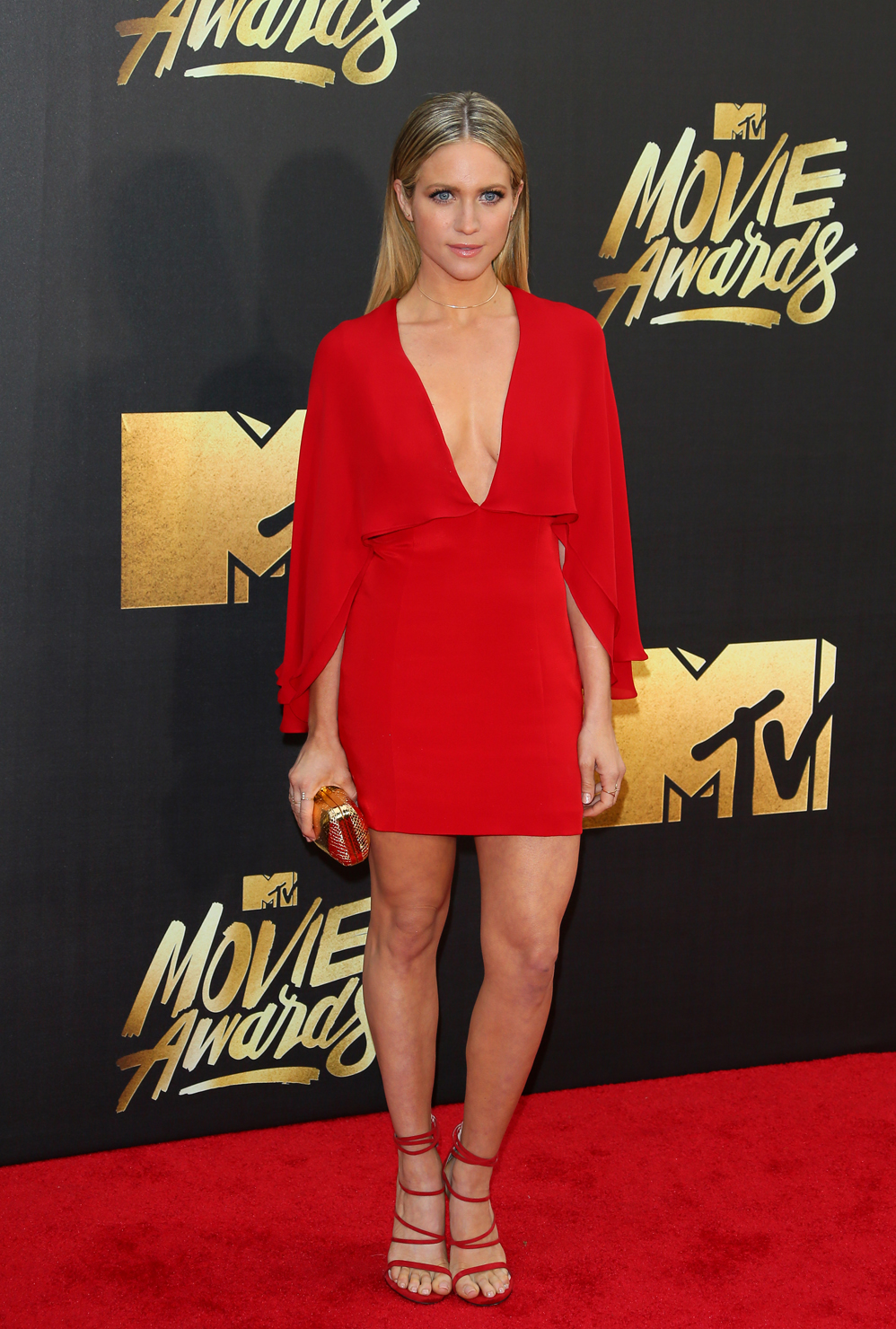 Actress Brittany Snow attends the 2016 MTV Movie Awards in Burbank, California, on April 9, 2016. / AFP PHOTO / JEAN BAPTISTE LACROIX