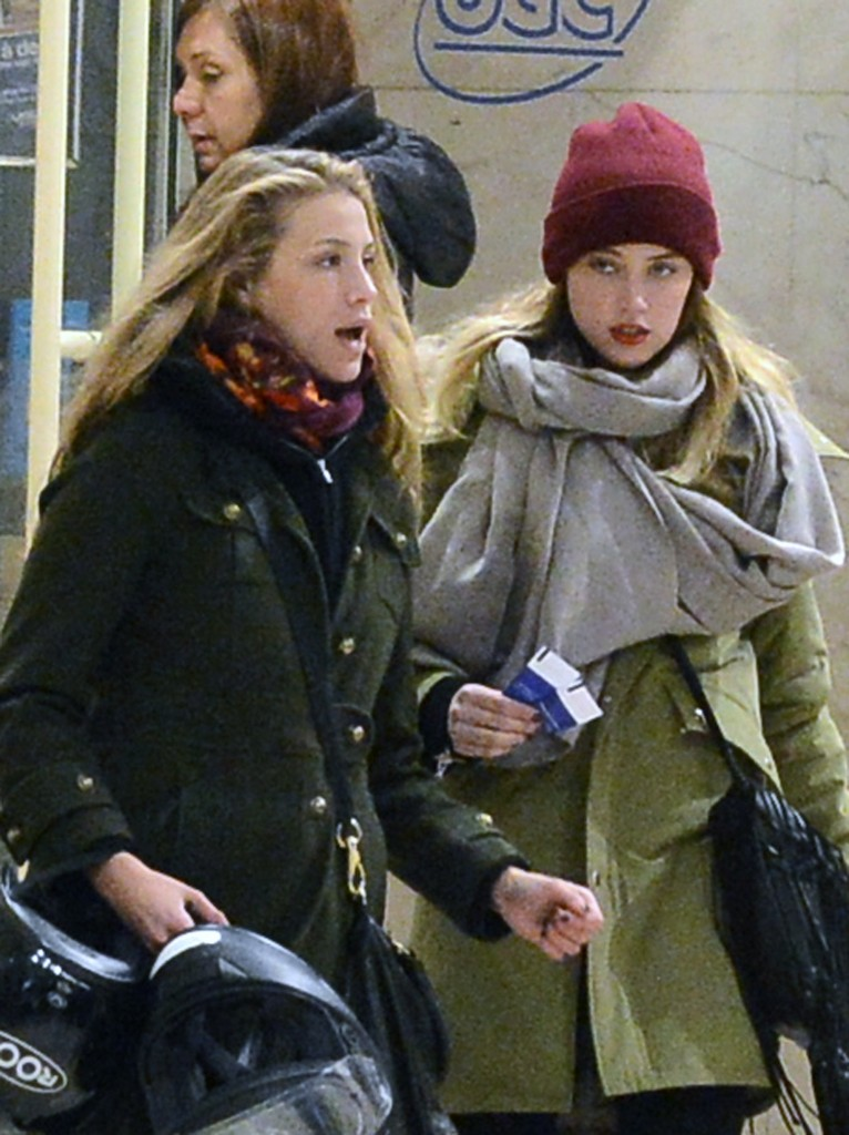 17.JANUARY.2013. PARIS EXCLUSIVE - AMBER HEARD AND MARIE DE VILLEPIN (FORMER FRENCH PRIME MINISTER DOMINIQUE DE VILLEPIN'S DAUGHTER) HAVE AN ARGUMENT WHILE LEAVING THEIR HOTEL IN PARIS, FRANCE ON JANUARY 17, 2013. THEN THEY RODE THEIR SCOOTER AND WENT FOR SOME SHOPPING PRIOR TO A MOVIE AT THE PUBLICIS ON THE CHAMPS-ELYSEES BYLINE: OPTICPHOTOS.CO.UK *THIS IMAGE IS STRICTLY FOR UK NEWSPAPERS AND MAGAZINES ONLY* *FOR WORLD WIDE SALES AND WEB USE PLEASE CONTACT OPTICPHOTOS - 0208 954 5968*
