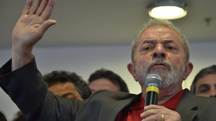Brazilian former president Luiz Inacio Lula da Silva speaks during a press conference in Sao Paulo, Brazil on September 15, 2016.  Lula da Silva defended himself against corruption charges Thursday, saying the case against him was an attempt to destroy him politically ahead of elections in 2018. / AFP PHOTO / NELSON ALMEIDA