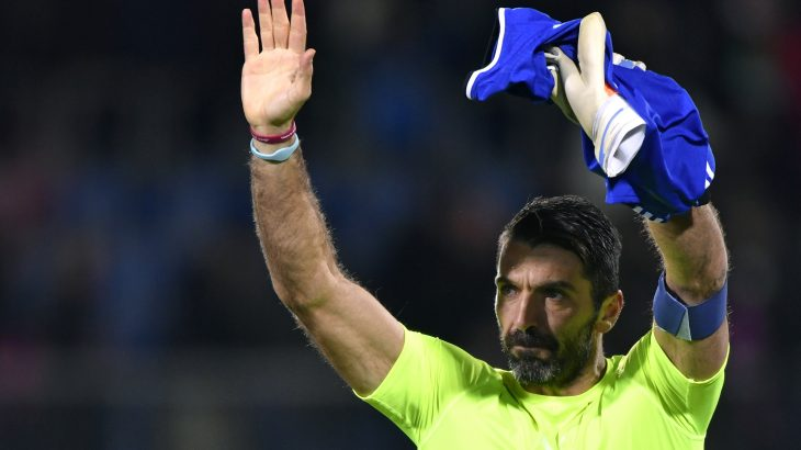 Italy's goalkeeper Gianluigi Buffon gestures at the end of the FIFA World Cup 2018 European group G Qualifiers football match beetween Liechtenstein and Italy on November 12, 2016 at the Rheinpark Stadion in Vaduz. / AFP PHOTO / FABRICE COFFRINI